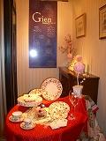 ハービス大阪のフランス洋食器メーカージアンブテック大阪で桜をテーマにコーディネート3